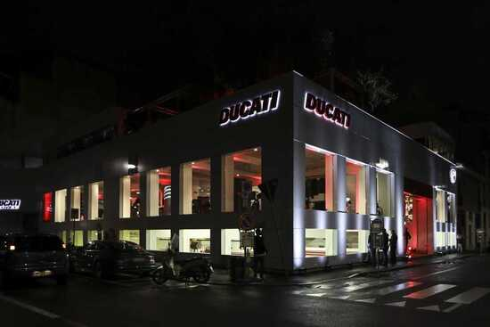 Ducati inaugura a Milano il suo Flagship Store