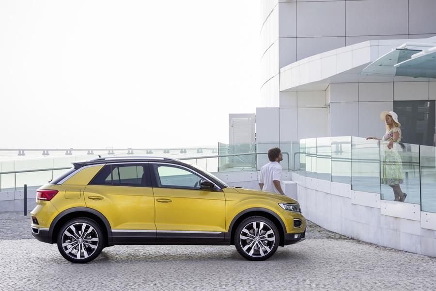 Volkswagen T-Roc (2017->>) (3)