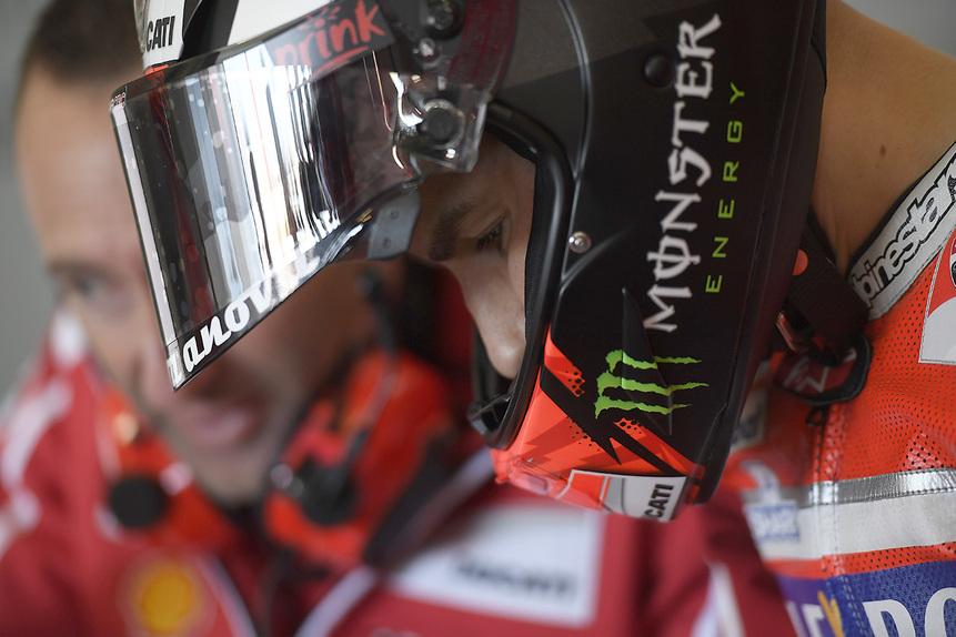 Gallery MotoGP 2017. Le foto più belle del GP di Valencia (4)