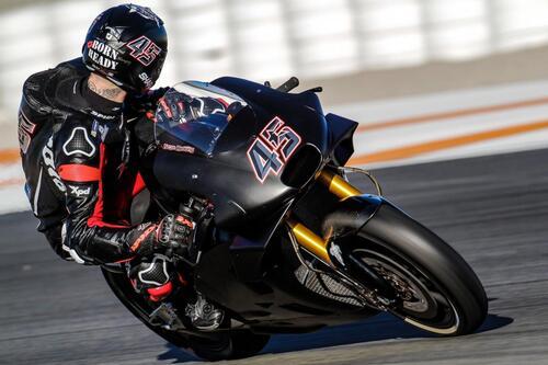 Test MotoGP 2018 a Valencia: ecco come è andato il day 1 (3)