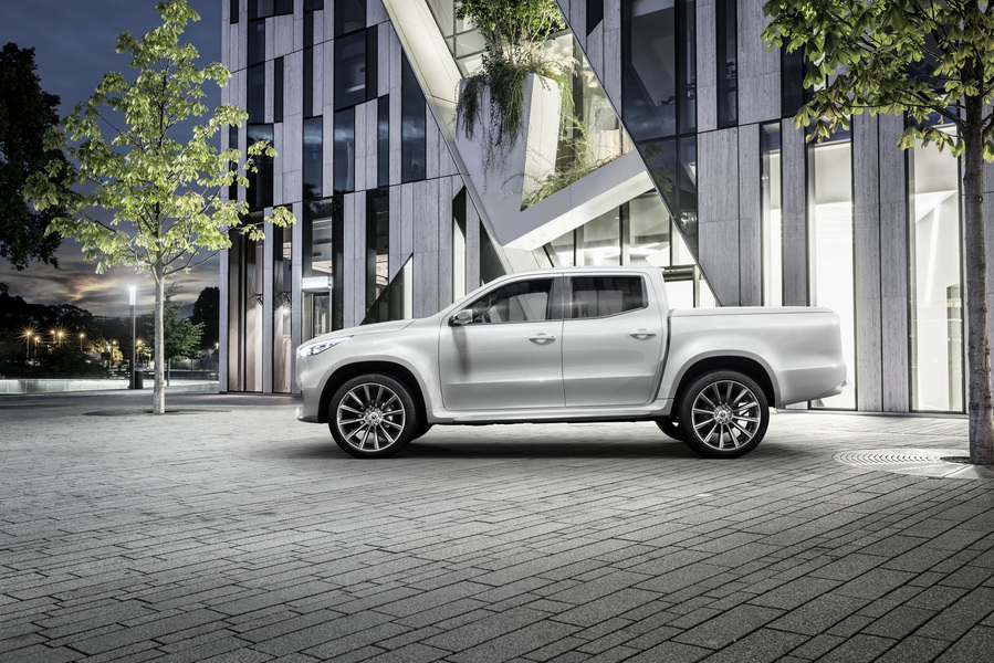 Mercedes-Benz Classe X Pick-up 220 d 4Matic Pure (3)