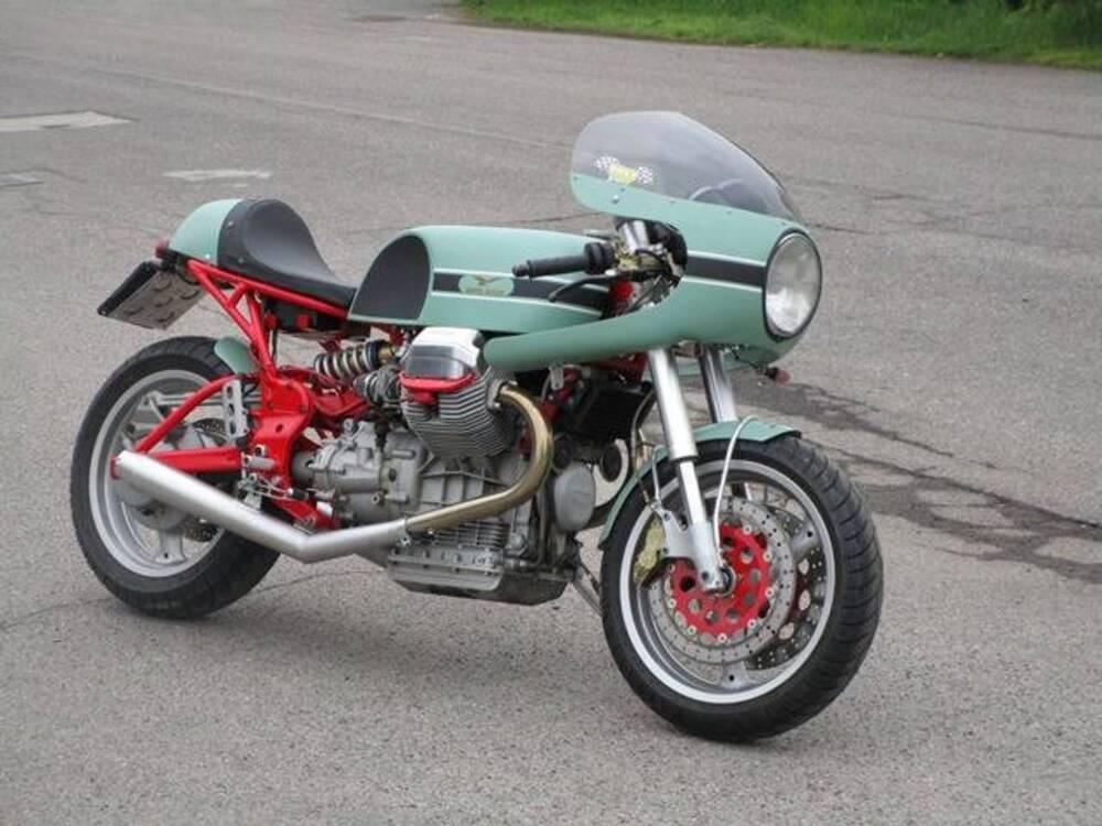 Vendo moto guzzi v11 sport 1999 02 usata a rosate for Moto usate regalate
