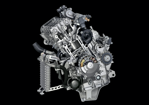 La maggior parte delle moto sportive di media e grossa cilindrata ha un motore quadricilindrico (questo è di una Yamaha R1). La cilindrata unitaria relativamente contenuta e il razionale frazionamento consentono di ottenere eccellenti prestazioni unitamente a una apprezzabile compattezza
