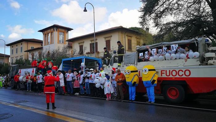 Anche quest'anno l'associazione Ridolina è riuscita a stupire tutti con il suo Super Tour di Natale, nelle strutture sanitarie dove opera con i suoi clown-dottori da quasi vent'anni.