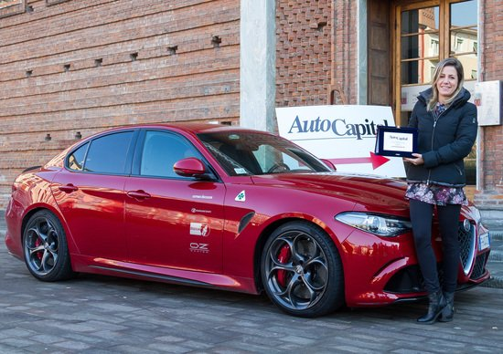 L'Alfa Giulia Quadrifoglio di Romeo Ferraris vince il premio Stradivari di Autocapital [Video]