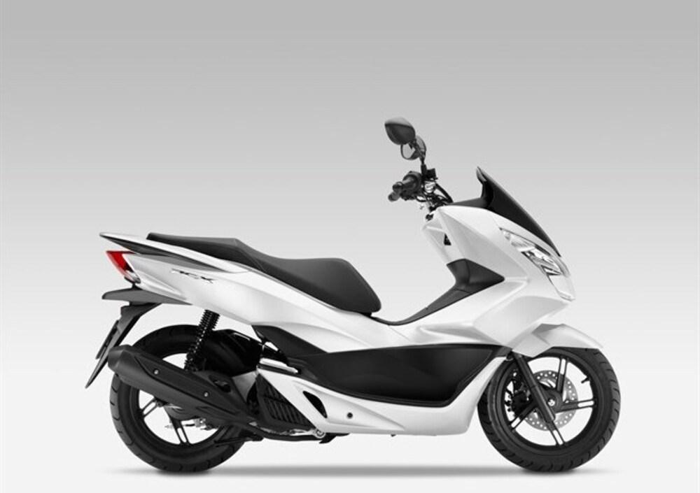 Honda PCX 125 (2014 - 16) (3)