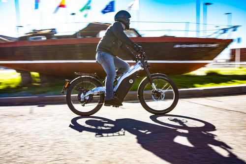 Bultaco Albèro. Mezza moto, mezza bici, totalmente divertente (6)