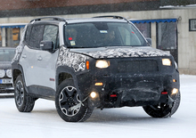 Jeep Renegade restyling, le foto spia