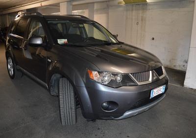 Mitsubishi Outlander 2.0 DI-D Instyle 7 p.ti DPF del 2007 usata a Rapallo