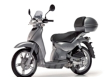 L'affascinante Ruota Alta di Aprilia, il 50cc più venduto d'Italia, si rinnova nella tradizione
