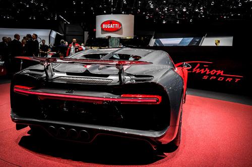 Bugatti al Salone di Ginevra 2018 (3)