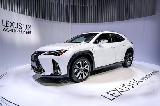La Lexus UX al Salone di Ginevra 2018