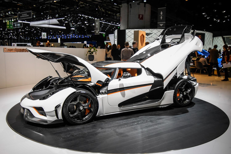 Koenigsegg al salone di ginevra 2018 saloni for Foto di saloni