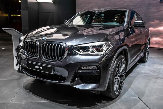 La nuova BMW X4 al Salone di Ginevra 2018