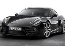 Porsche Cayman Black Edition, la coupé mette l'abito scuro