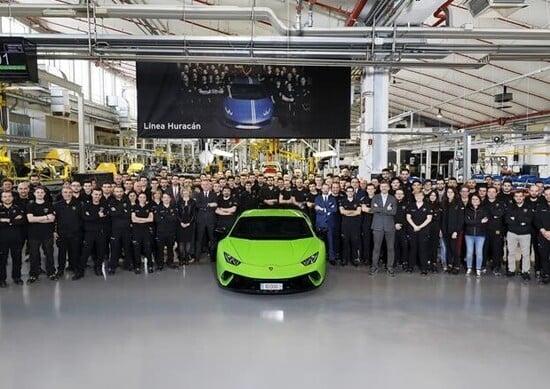 Lamborghini Huracan a quota 10.000