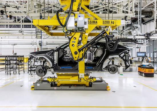 Urus, con CPM protagonista del nuovo stabilimento Lamborghini