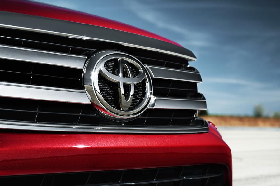 Toyota Hilux Telaio (2016->>) (4)