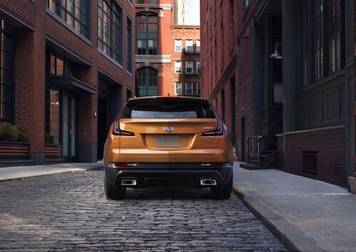 Cadillac XT4, anche gli USA si danno ai SUV compatti (5)