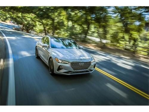 New York Auto Show 2018: ecco la nuova Genesis G70, berlina di lusso - video (3)