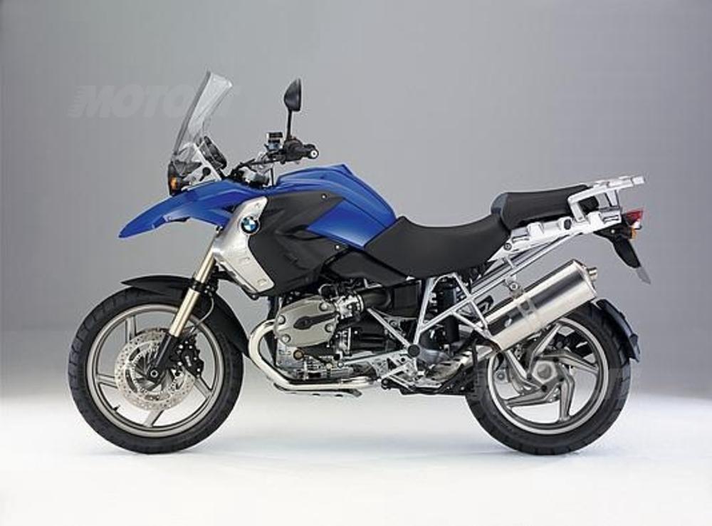 Bmw R 1200 GS. Prima delle maxi oltre 1000 cc, segmento in forte crescita