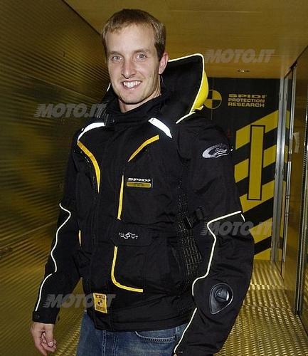 Colin Edwards indossa Spidi Aribag DPS 03 (attivato)