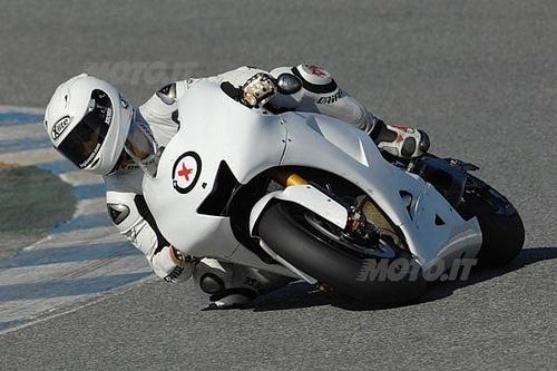 I primi test di Lorenzo su Yamaha M1