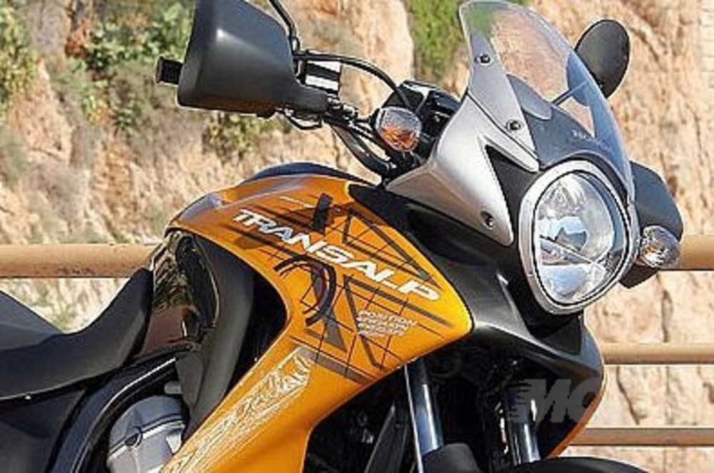 Honda Transalp XLV 700