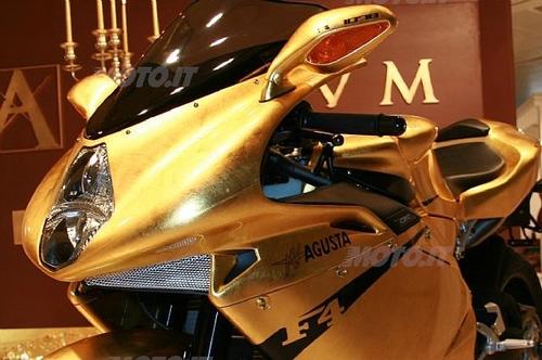 MV F4 312 RR ricoperta d'oro