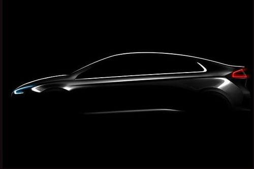 Hyundai Ioniq: ecco la rivale della Prius (3)