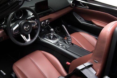 """Mazda MX-5 Grand Tour, la """"viaggiatrice"""" (9)"""