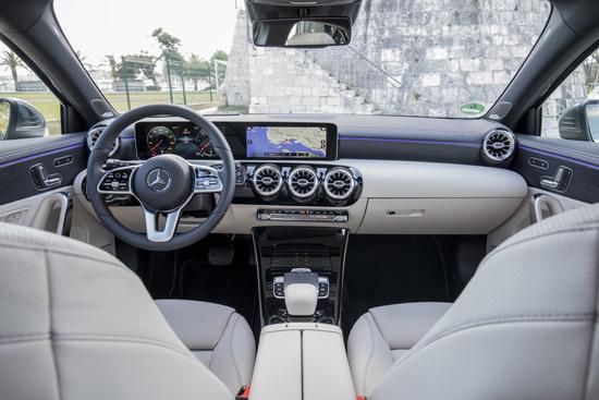 Gli interni della Mercedes Classe A 2018