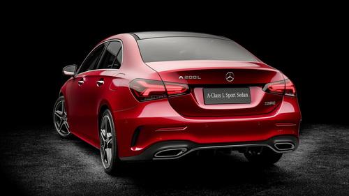 Mercedes Classe A: la versione sedan debutta a Pechino 2018 (5)