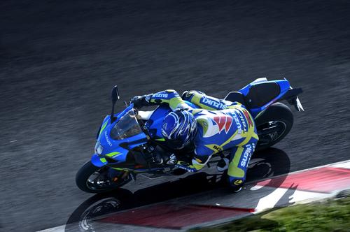 Suzuki GSX-R 1000 e 1000R con nuova colorazione MotoGP