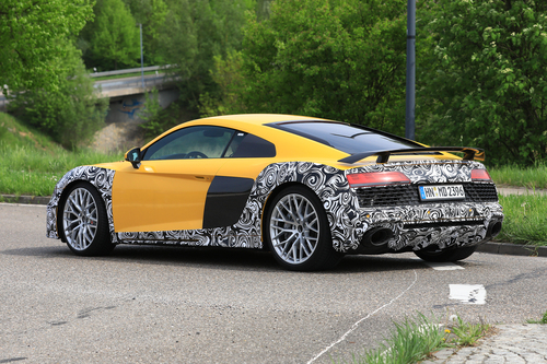 Audi R8 restyling, le foto spia (7)