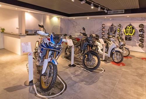 Moto Perego, dopo 34 anni diventa concessionaria esclusiva Honda per la provincia di Lecco (4)