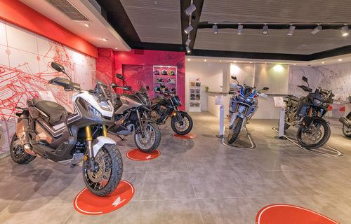 Moto Perego, dopo 34 anni diventa concessionaria esclusiva Honda per la provincia di Lecco (8)
