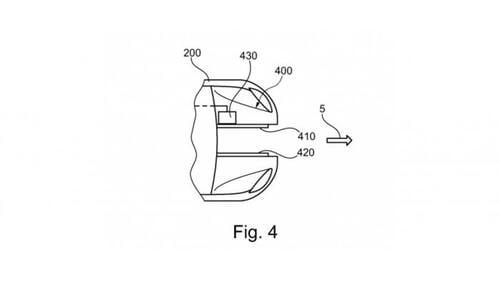 Ford brevetta l'auto che ospita uno scooter al proprio interno (4)