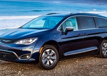 Chrysler Pacifica, la ibrida di FCA arriva in Italia