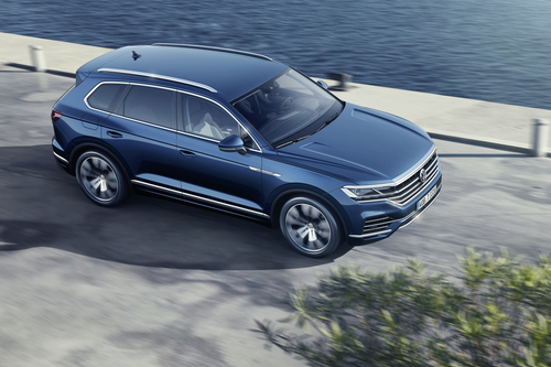 Volkswagen Touareg, i prezzi: si parte da 65.500 euro (2)