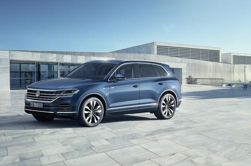 Volkswagen Touareg, i prezzi: si parte da 65.500 euro (8)