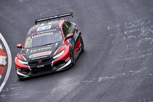 WTCR 2018 Nurburgring, Day1: doppietta Hyundai (8)