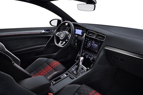 Volkswagen Golf GTI TCR, in arrivo alla fine dell'anno (5)
