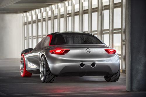 Opel GT concept: torna la trazione posteriore (3)