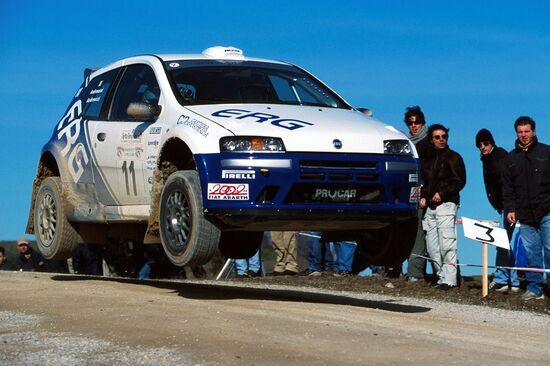 Paolo Andreucci e Anna Andreussi volano sulla Punto Super 1600 che vincerà il CIR 2003