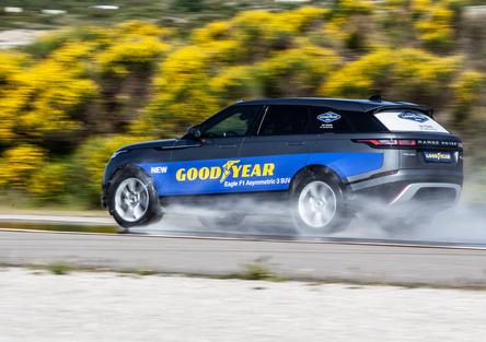 Goodyear Eagle SUV, che prestazioni sul bagnato! [Video]