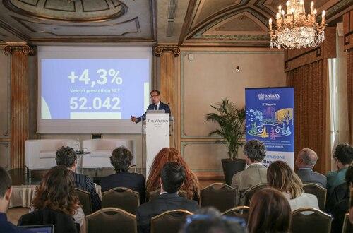 Rapporto ANIASA 2018, Un' auto nuova su quattro è a noleggio: avanza la sharing mobility
