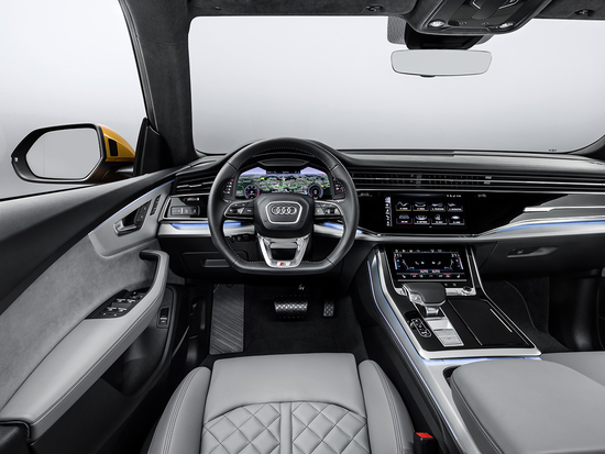 Audi Q8, il Luxury SUV con design da coupé che sfida BMW ...