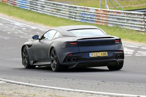 Aston Martin DBS Superleggera, le foto spia (7)