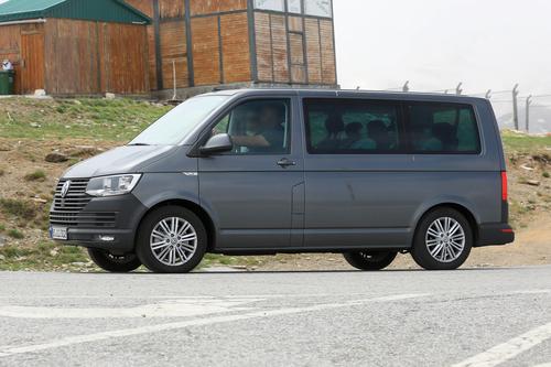 Volkswagen T7: ecco i muletti in strada (4)